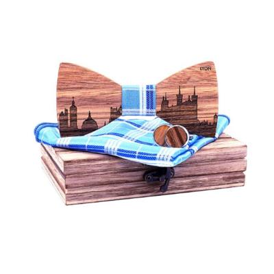 Dřevěné manžetové knoflíčky s motýlkem Lyon