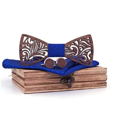 Dřevěné manžetové knoflíčky s motýlkem Oxford